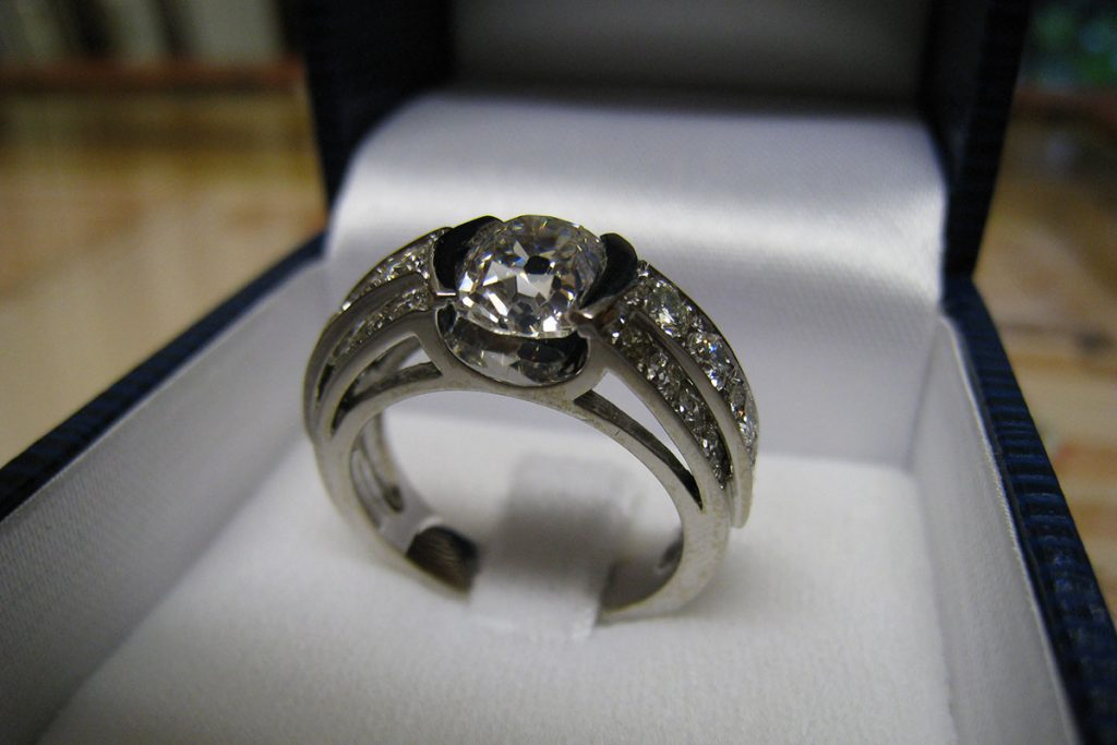 bijouterie-collin-bague-diamant